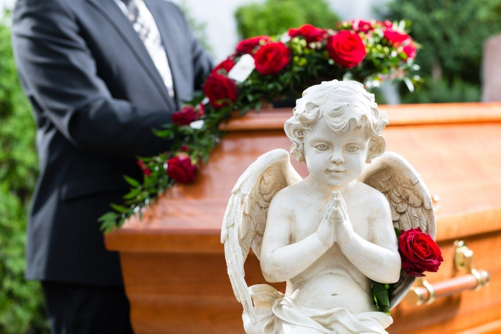 Angel statue at the funeral